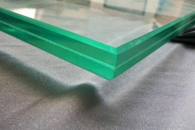 铝单板1~2%,铝塑板25%,镀锌铁皮25%,结构胶25%,耐侯胶30%,胶条5%,五金